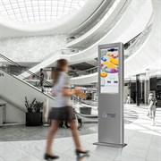 Решение Digital Signage: интерактивная, цифровая система навигации для торгового центра из 10 стоек